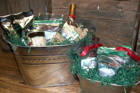 Jolly Nut Companies Offer Holiday Gifts From Georgia: Corporate Gifts, Party and Hostess Gifts