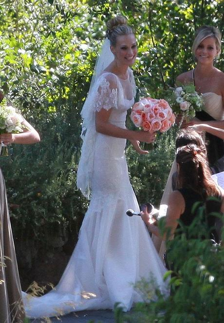 The Choice of Sheath Wedding Dresses-All Girls' Dreams