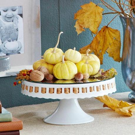 Thanksgiving decorating with candles and objects in nature
