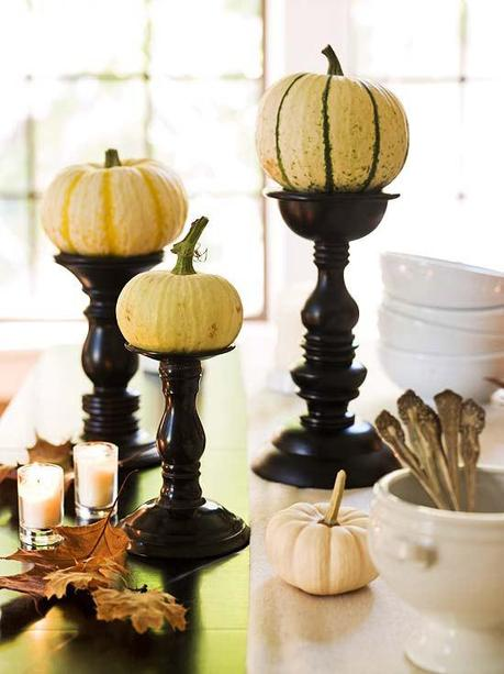Elegant and easy thanksgiving centerpieces paperblog for Simple pumpkin centerpieces