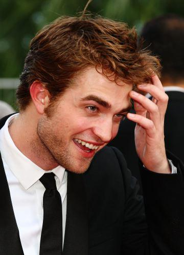Who should be Robert Pattinson's new girl?