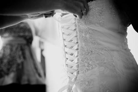 lace wedding dress emma b photography