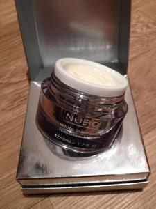 Nubo White 225x300 LPOTM:Nubo White Diamond Ice Glow Mask