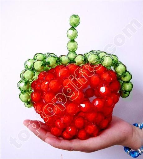 7 steps how to make a 3D Beaded Apple