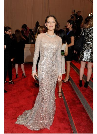 Magical Marion Cotillard and her Best Red Carpet Looks
