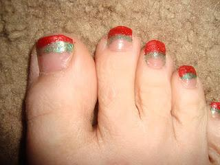 Glittery Christmas nails