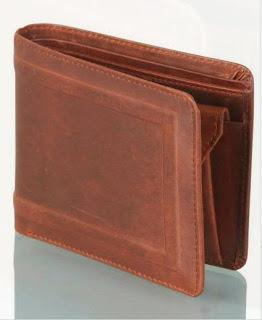 Oilpullup Wallet for Men in Burnished Leather