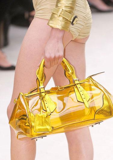 yellow bag2013 Spring Accessories Report