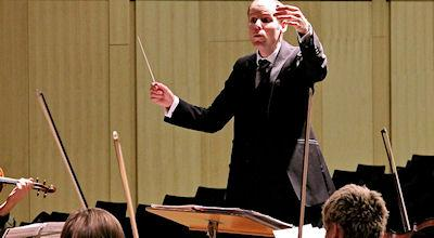 Do Orchestras Really Need Conductors?