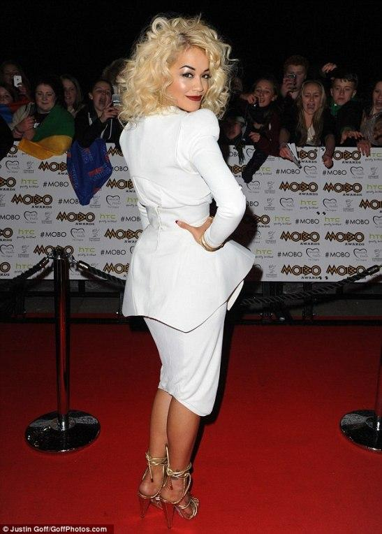 Gwen Stefani in White Stilletos