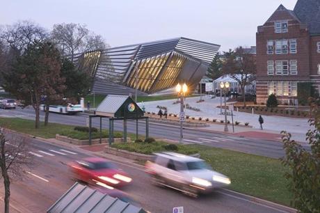 Zaha-Hadid-Architecture-Design-07