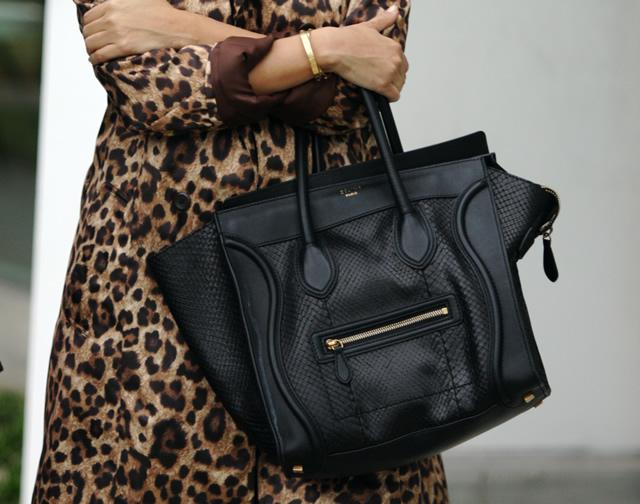 9ef2389d2c All I Want for Christmas is a Céline Mini-luggage in Black - Paperblog