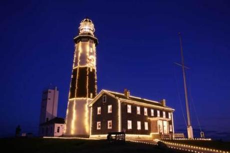 christmas lights display on lighthouse nepa