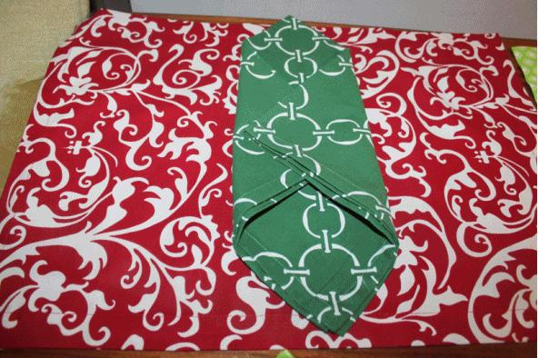 Hen House Linens Christmas Table Linens Options