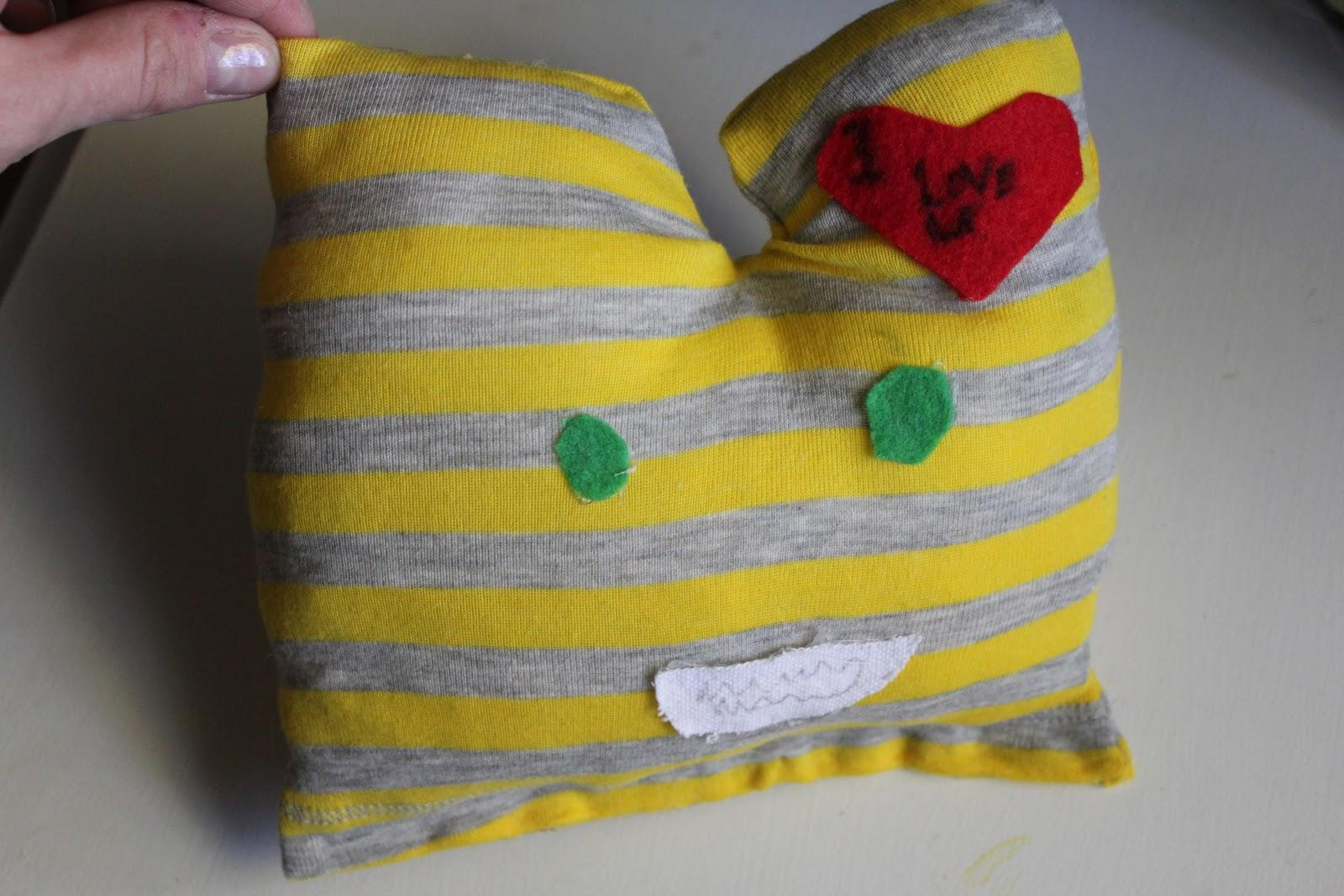 DIY monster pillows 7 DIY Gifts Your Kids Can Make (that people will be happy to receive!)