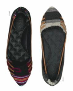Reef Shoes - Shoeography