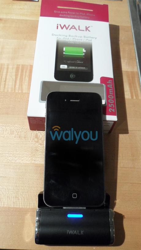 iWalk Link 2500i review walyou  No More Dead Battery With iWALKs Portable Charger