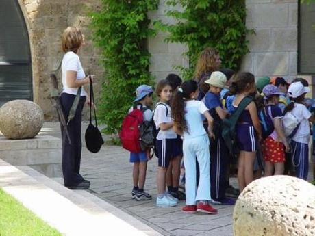 Israel teacher_with_rifle