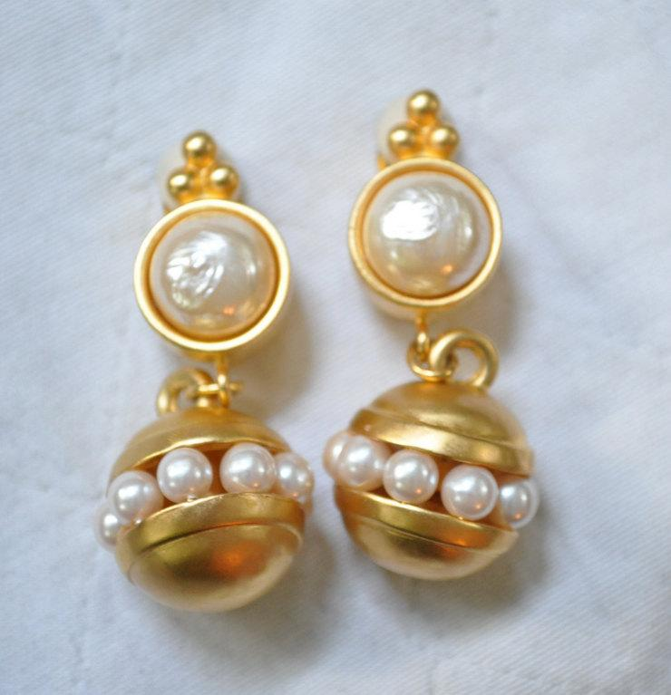 Chanel Fashion Jewelry Earrings Coco Chanel s Baroque Costume