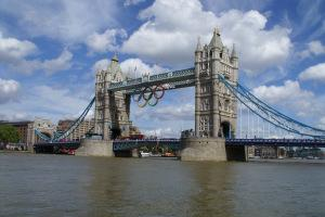 Tower bridge and the Olympic Rings