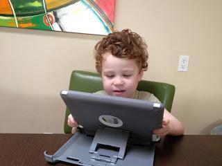 What Moe Can Do: Play iPad