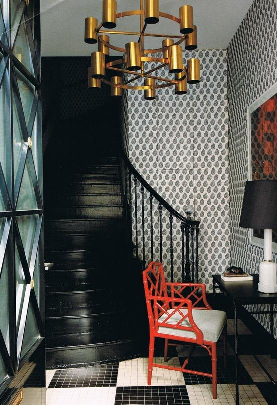 painting your stairs black, using black in an entryway
