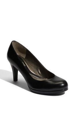 Ask Allie: The Perfect Black Pump