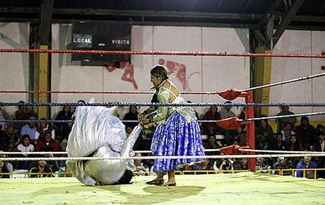 Lucha Libre And The Fighting Cholitas