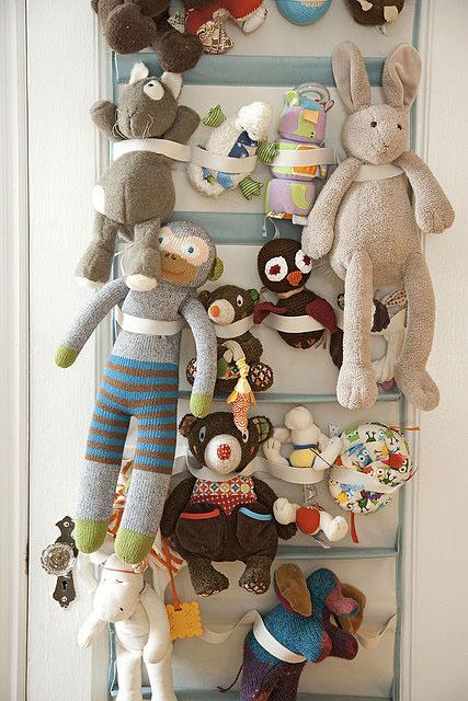 stuffed animal storage (Amanda Kingloff in Parents June 2011)