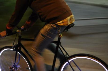Project Aura Lights The Way to Safer Night Time Biking