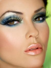 Flirty Eye Makeup Ideas
