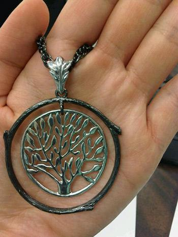 tree necklace closeup