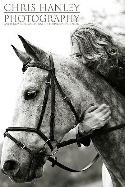 bride on horseback photoshoot (18)
