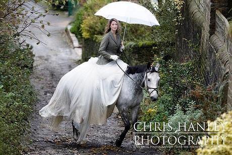 bride on horseback photoshoot (13)