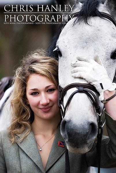 bride on horseback photoshoot (9)