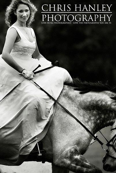 bride on horseback photoshoot (15)