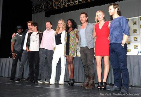 Photos of the True Blood Cast from the signing and panel at Comic Con 2011