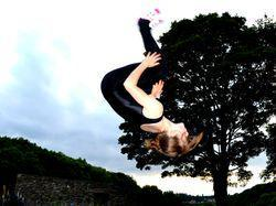 Honi the gymnast