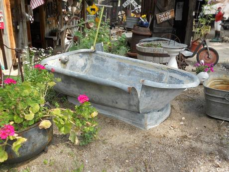 Antique bathtub at big bear lake antique market