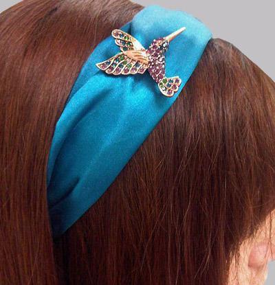 hummingbird brooch pin