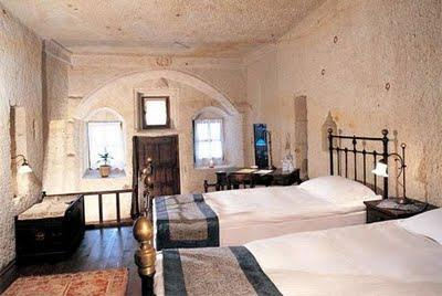 Amazing Hotel Made in Cave in Turkey title post