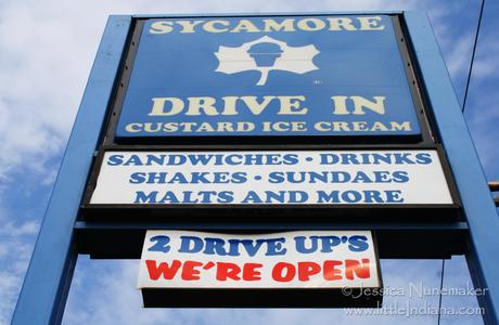 Roselawn, Indiana: Sycamore Drive In