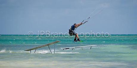 KITESURFING/KITEBOARDING - WHAT A RUSH!!!
