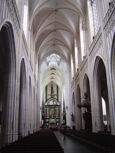 The main nave of the Brabantian gothic ( by scalleja, on Flickr