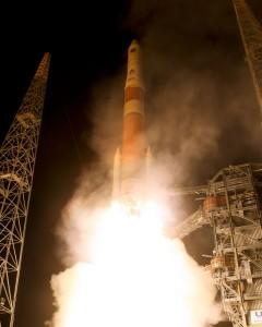 Delta IV rocket launching the first GPS IIF satellite, May 2010 (Photo courtesy of United Launch Alliance) www.gps.gov