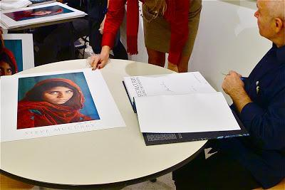 steve mccurry.  portrait of an afghan girl