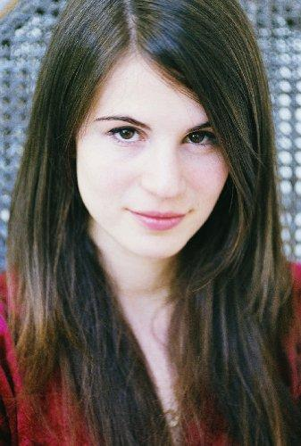 Amelia Rose Blair joins the cast of HBO's True Blood