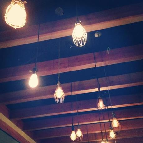 NookAndSea-Light-Bulbs-Lamp-Hanging-Pendants-Wires-Wood-Beams-Ceiling