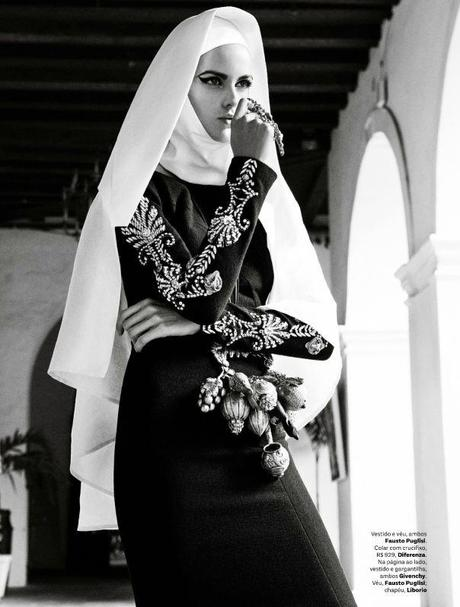 Izabel Goulart by Giampaolo Sgura for Vogue Brazil February 2013 4