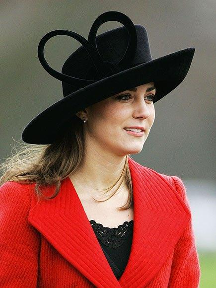 Kate-middleton-stylish-black-hat